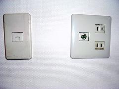 101号アンテナ端子と電話端子